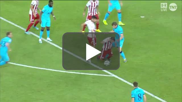 Olympiakos penalty call vs Tottenham
