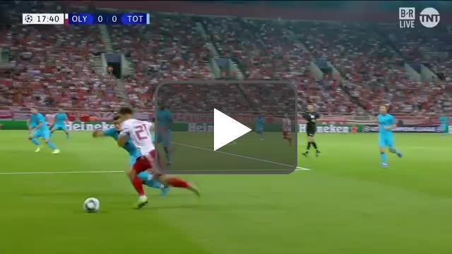 Guerrero off the post vs Tottenham