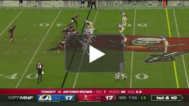 [Highlight] Brady has a miscommunication and gets picked off.