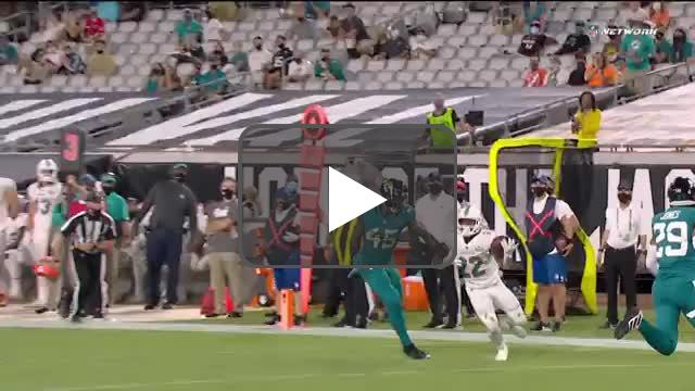 [Highlight] Questionable PI called against the Jags