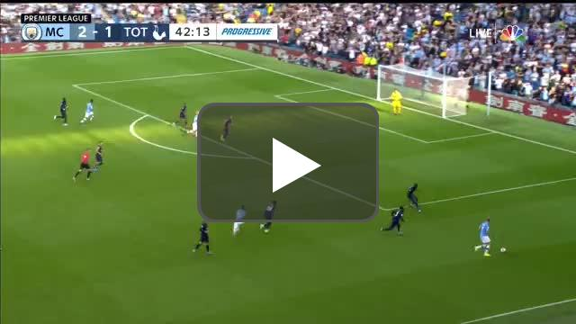 Kevin De Bruyne with yet another great cross vs Tottenham