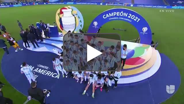Messi lifts the Copa América