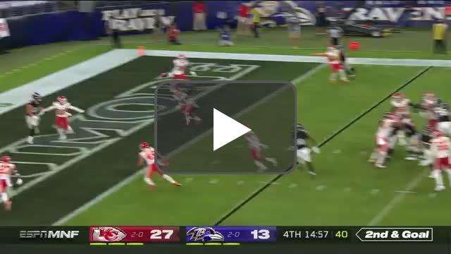 [Highlight] Jackson throws the TD pass to cut into the lead