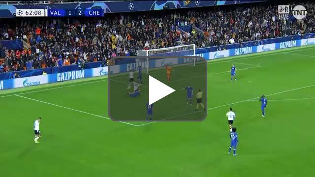 Valencia penalty call vs Chelsea