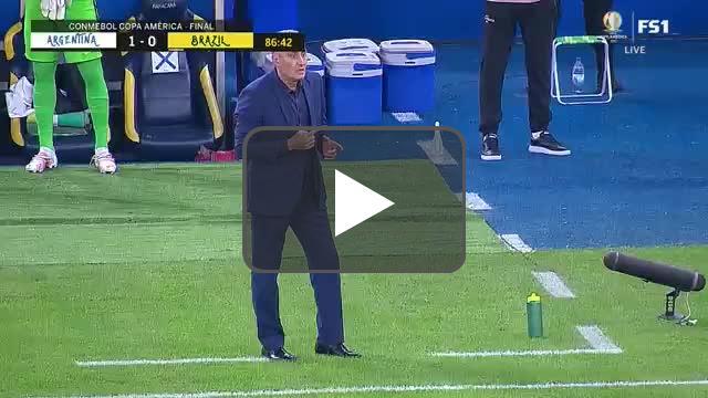 Martinez save vs Brazil 87'