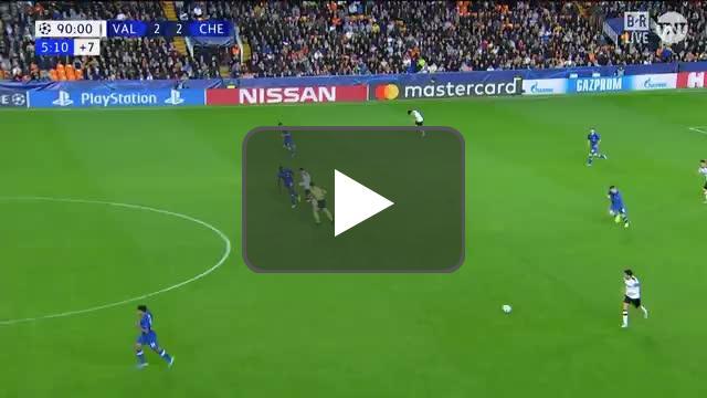 Rodrigo misses a wide open goal for the win vs Chelsea